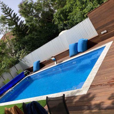 בריכות פיברגלאס | בניית בריכת שחיה